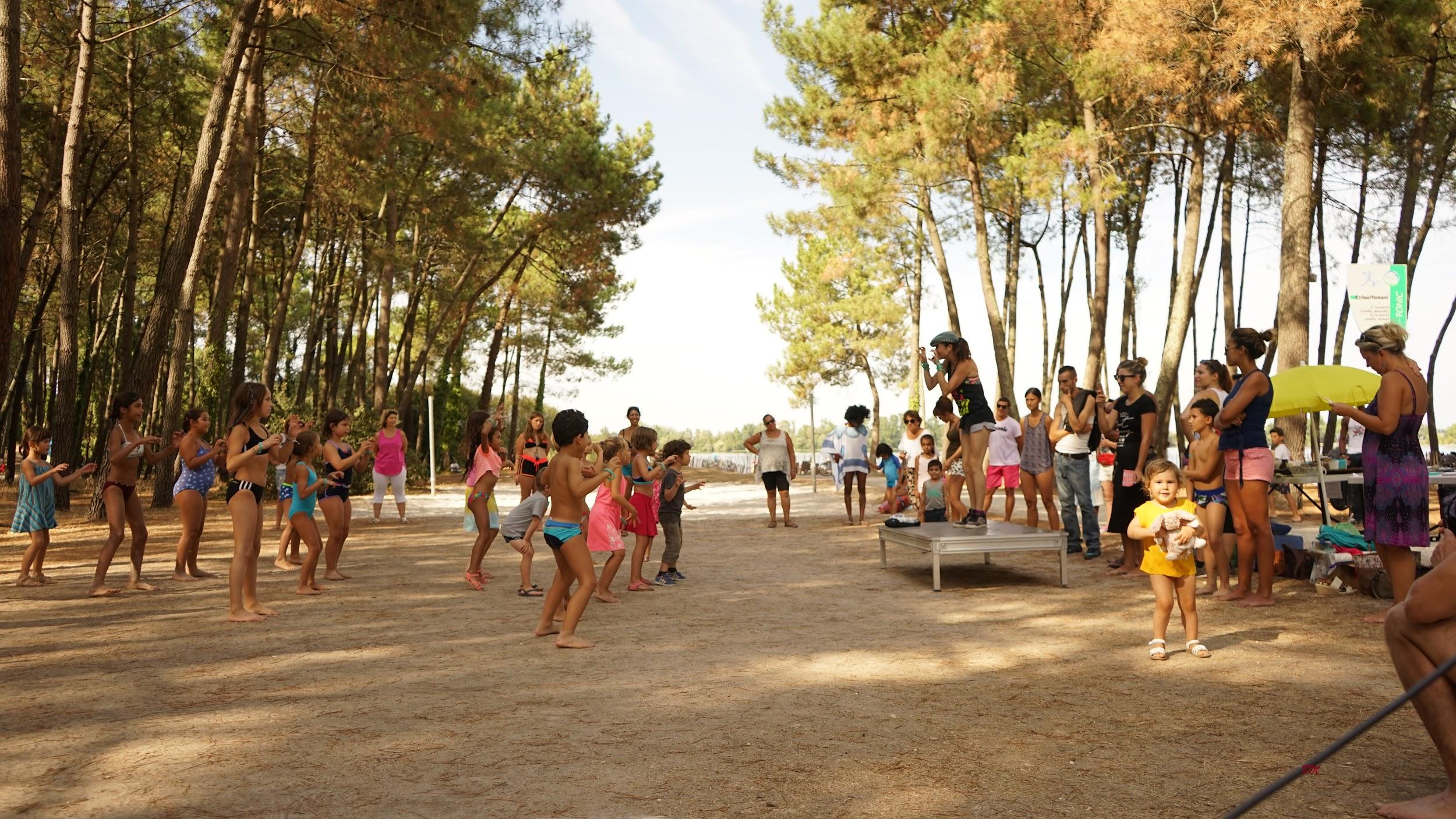 Prestation d'animation pour les mairies tel que Dance & Beach au Lac de Bordeaux
